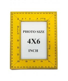 Portafoto Righello di Novità Home in mdf giallo con stampa- foto 10x15